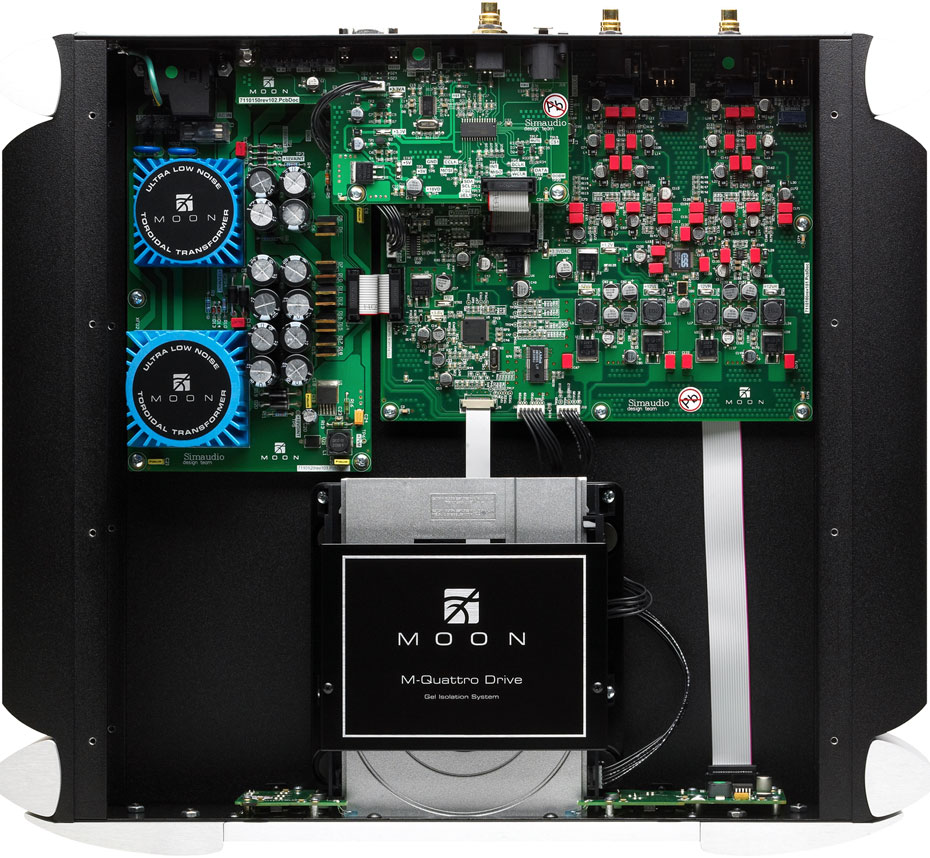Inside view of the Simaudio Moon Evolution 750D CD Player/DAC