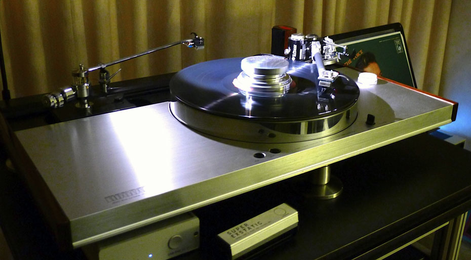 Vintage Luxman Turntable