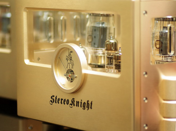 StereoKnight M75 face close up