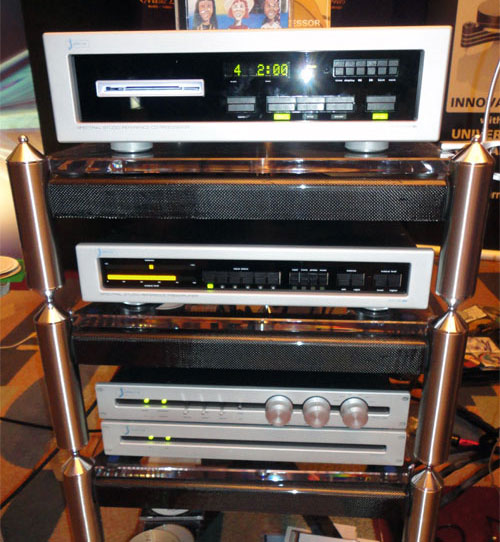 Clearaudio Phantom II Supreme table with Benz Micro LP-S MR cartridge on Grand Prix Audio Rack