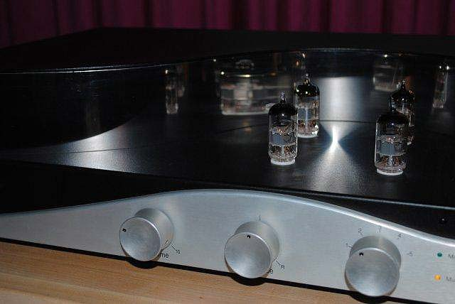Zesto Audio Leto preamp at CES 2013