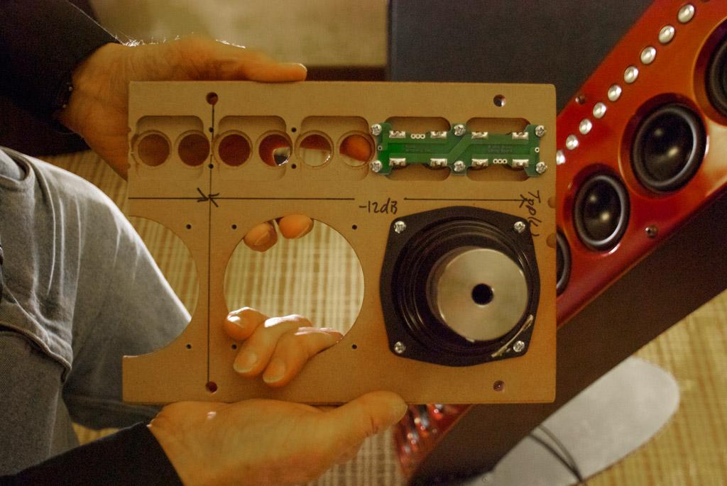 Audio Artistry CBT36K Line Array Speaker front panel tweeter circuit board