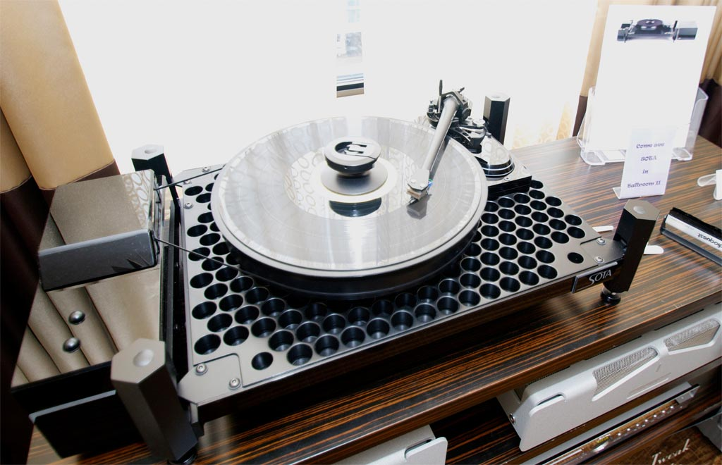 The all-new open-chassis MILLENNIA Vacuum Turntable System
