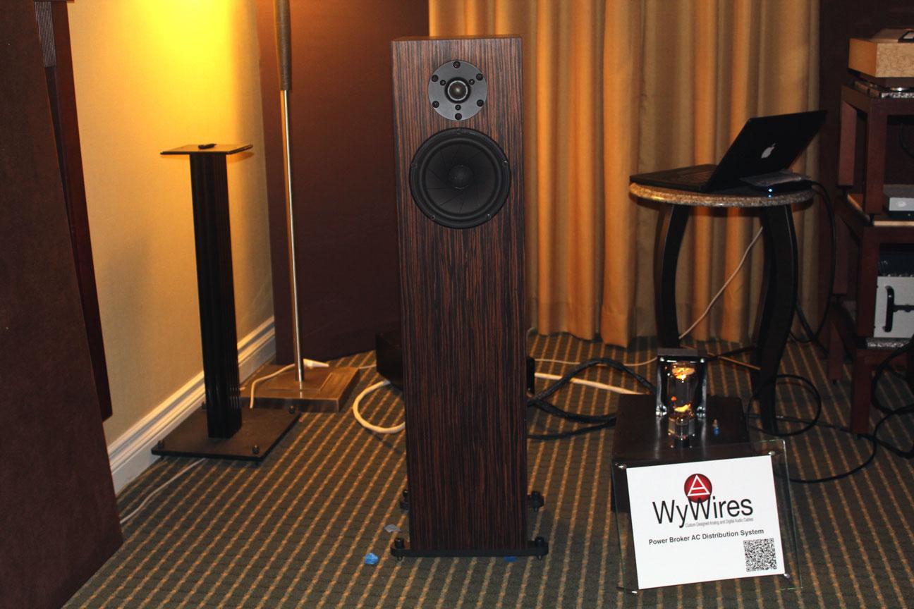 T H E Newport Beach 2013 Audio Show Report