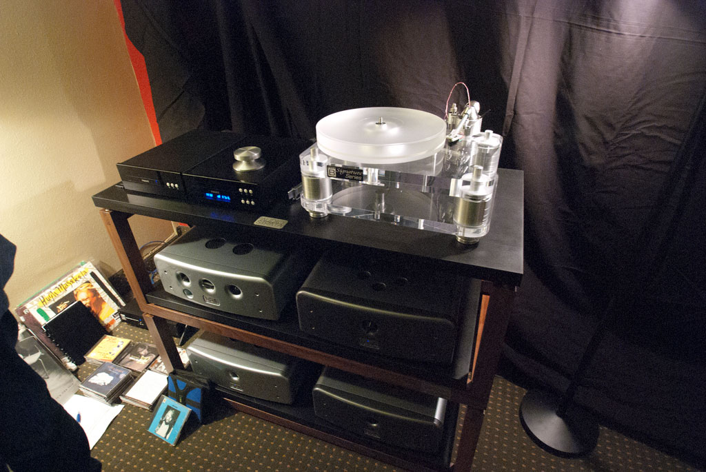 Profundo System - Tranfiguration Proteus phono cart ($6000) - Basis 2200 turntable with Vector 4 tonearm - Heed Audio DT Transport ($1900) Heed Audio DA DAC ($1900) with NEW Dactil 2.1 DAC card ($2100) - Viva Audio Linea Linestage ($18,500) - Viva Audio Fono phonostage ($1650)
