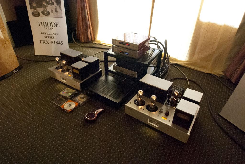 Triode Corporation of Japan Ref mono-blocks TRX-845