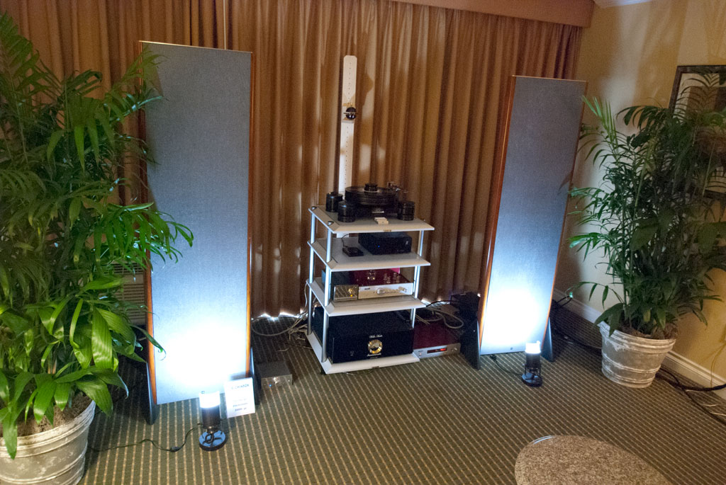 Affordable Audiophile and King Sound Price III speakers