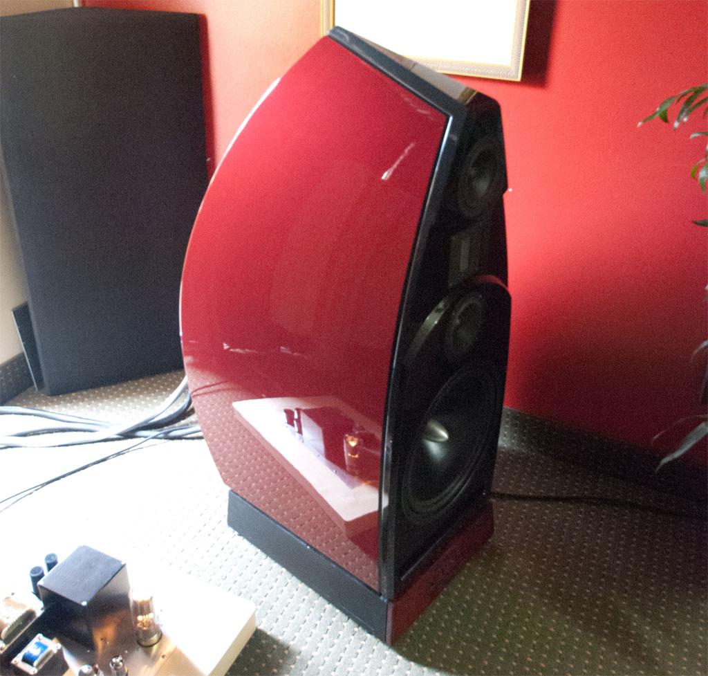 Empirical Audio electronics and Vapor Nimbus speakers