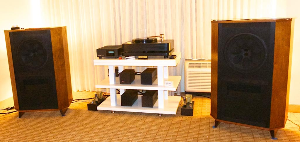 Saskia Turntable and Emia Electronics Room at RMAF 2013
