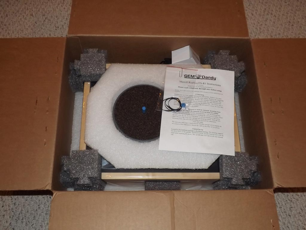 Merrill Replica ES-R1 Turntable in the shipping box