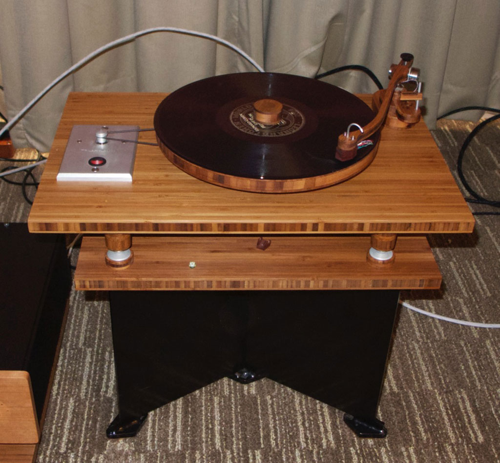 Tri Arts Audio Pebbles Turntable