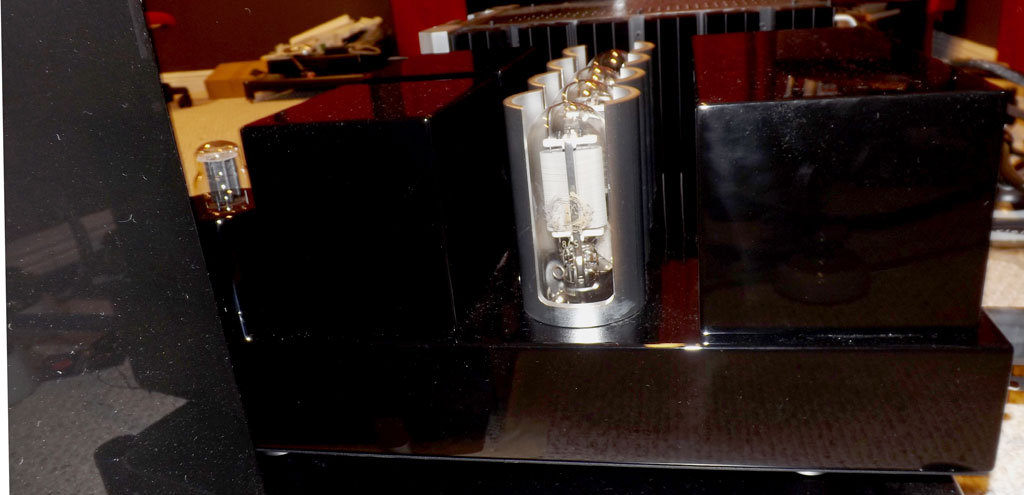 Melody-M845---Tubes-Side